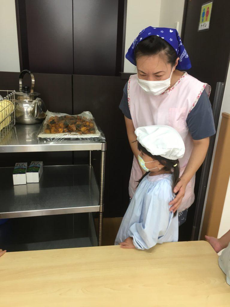看護師さんとおやつ